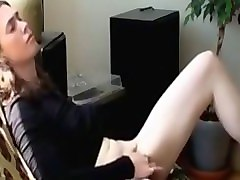 www.fapfaplers.top jewish girl masturbating till she has an orgasm