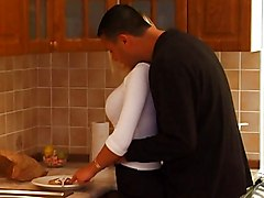 black and withe fucking mature in kitchen